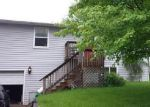 Foreclosed Home en N HIGHLAND DR, Mchenry, IL - 60050