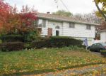 Foreclosed Home en HEADLINE RD, Deer Park, NY - 11729