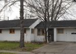 Foreclosed Home en SUMMERLAND AVE, Cleveland, OH - 44111