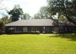 Foreclosed Home en PINE TREE LN, Altamonte Springs, FL - 32714