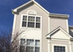 Foreclosed Home en N BARBERRY RD, Round Lake, IL - 60073