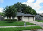 Foreclosed Home en WILLOWVIEW DR, Pasadena, TX - 77504