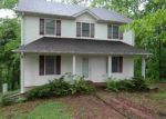 Foreclosed Home en MITCHELL LN, Scottsville, KY - 42164