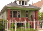Foreclosed Home en S MOZART ST, Chicago, IL - 60629