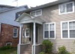Foreclosed Home en N COUNTY ST, Waukegan, IL - 60085
