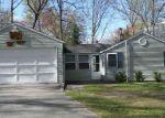 Foreclosed Home en TUDOR DR, Houghton Lake, MI - 48629