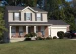 Foreclosed Home en FRONTIER DR, Hebron, KY - 41048