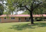 Foreclosed Home en POWELL BRIDGE RD, Harmony, NC - 28634