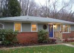 Foreclosed Home en ORCHARD AVE, Troy, NY - 12180