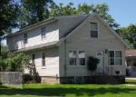 Foreclosed Home en MCDONALD AVE, Aurora, IL - 60506