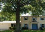 Foreclosed Home en SAINT CLAIR DR, Pekin, IL - 61554
