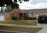 Foreclosed Home en E 219TH PL, Long Beach, CA - 90810