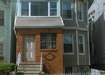 Foreclosed Home en BIDWELL AVE, Jersey City, NJ - 07305
