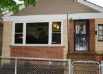 Foreclosed Home en S KINGSTON AVE, Chicago, IL - 60617