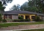 Foreclosed Home en OAKPOINT CIR, Apopka, FL - 32712