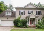 Foreclosed Home en FAIRMEAD CIR, Raleigh, NC - 27613