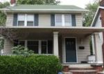 Foreclosed Home en MCKINLEY AVE, Lakewood, OH - 44107