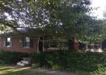 Foreclosed Home en SKYVIEW DR, Paris, KY - 40361