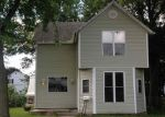 Foreclosed Home en E TIMBER ST, Pontiac, IL - 61764