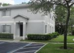 Foreclosed Home en DOLPHIN DR, Tampa, FL - 33617