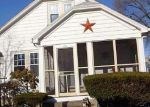 Foreclosed Home en WATERMAN AVE, Cranston, RI - 02910