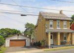 Foreclosed Home en E ELIZABETH AVE, Bethlehem, PA - 18018
