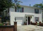 Foreclosed Home en SCHOOL ST, Pawtucket, RI - 02860