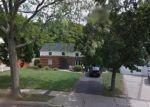 Foreclosed Home en HILLSITE LN, Central Islip, NY - 11722