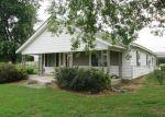 Foreclosed Home en N COUNTRY CLUB RD, Muskogee, OK - 74403