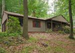 Foreclosed Home en BLACK BROOK RD, Hampton, NJ - 08827