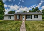 Foreclosed Home en E 3RD ST, Broadlands, IL - 61816