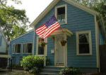Foreclosed Home en KNOWLTON ST, Riverside, RI - 02915