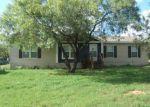 Foreclosed Home en RANCHVIEW ESTATES DR, Elmendorf, TX - 78112