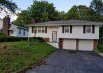 Foreclosed Home en CRAIG AVE, Grandview, MO - 64030