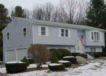 Foreclosed Home en FINNE RD, Johnston, RI - 02919