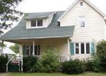 Foreclosed Home en E PINE ST, Paxton, IL - 60957