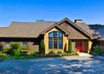 Foreclosed Home en MEADOW RIDGE DR, Lake Toxaway, NC - 28747