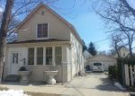 Foreclosed Home en POWELL AVE, Waukegan, IL - 60085