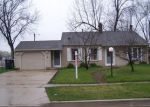 Foreclosed Home en E BRIARWOOD DR, Streamwood, IL - 60107
