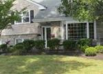 Foreclosed Home en BOXWOOD LN, Riverton, NJ - 08077