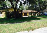Foreclosed Home en WOODHILL DR, Brandon, FL - 33511