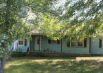 Foreclosed Home en GLENVIEW DR, Estill Springs, TN - 37330