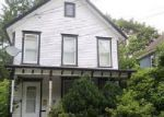 Foreclosed Home en GAULT AVE, Oneonta, NY - 13820