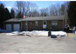 Foreclosed Home en BUCK HILL RD, Pascoag, RI - 02859
