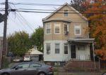 Foreclosed Home en E 24TH ST, Paterson, NJ - 07514