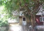 Foreclosed Home en MURYLU DR, Jersey City, NJ - 07305