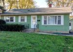 Foreclosed Home en WALLACE AVE, Crystal Lake, IL - 60014