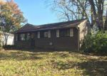 Foreclosed Home en FROSTVIEW LN, Hazelwood, MO - 63042