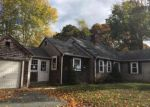 Foreclosed Home en GREENWOOD AVE, Hyannis, MA - 02601