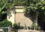 Foreclosed Home en W 34TH ST, Long Beach, CA - 90810